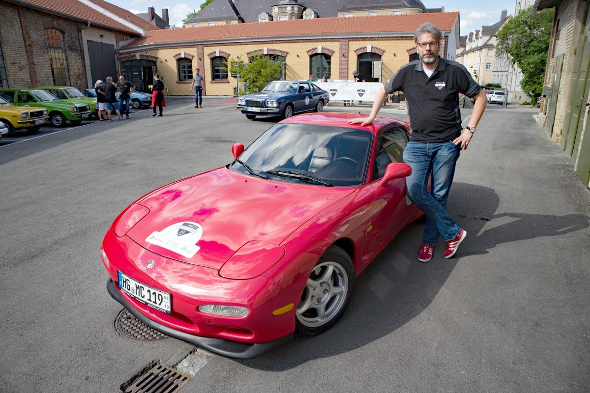 Mazda RX-7 von 1992 und Tom Schwede
